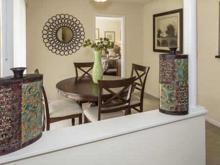 Dining Room | Landmark at Bella Vista Apartment Homes Duluth, GA
