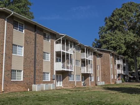 Apartments Exterior | Grand Arbor Reserve Apartment Homes Raleigh, NC