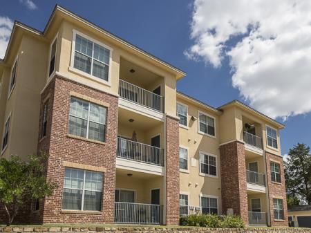 Bella Ruscello Apartments in Duncanville, TX | Exterior View