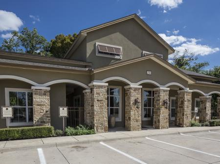 Bella Ruscello Apartments in Duncanville, TX | Leasing Office Exterior