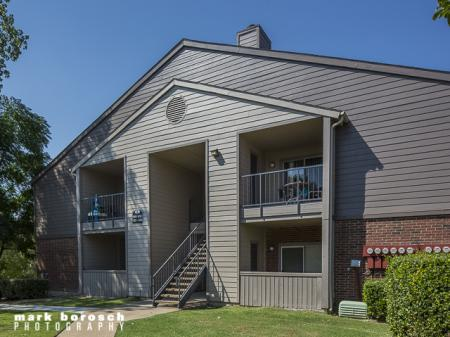Apartment Buildings | Landmark at Collin Creek Apartment Homes in Plano, TX