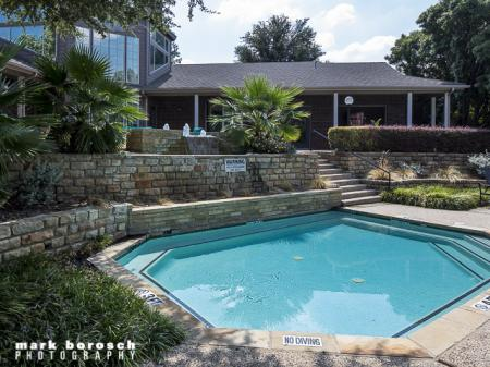 Shallow Pool | Landmark at Collin Creek Apartment Homes in Plano, TX