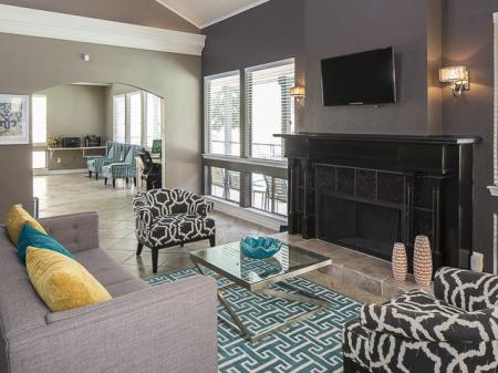 Resident Lounge | Kensington Station Apartment Homes in Bedford, TX