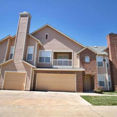 The Manor of Arborwalk | Apartments for Rent in Lee's Summit, Mo | Attached Garage