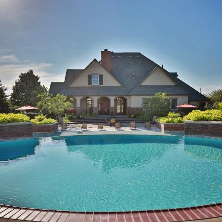 The Manor of Arborwalk | Apartments for Rent in Lee's Summit, Mo | Swimming Pool