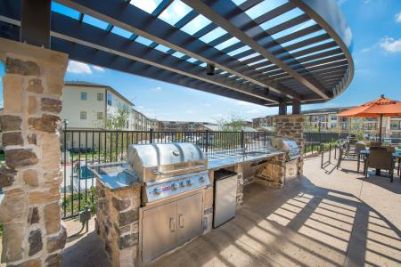 The Nexus Lakeside | Apartments for Rent in Flower Mound, TX | Outdoor Kitchen