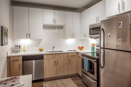 Elegant Kitchen | Apartments In Fort Collins Near Csu | Uncommon Fort Collins