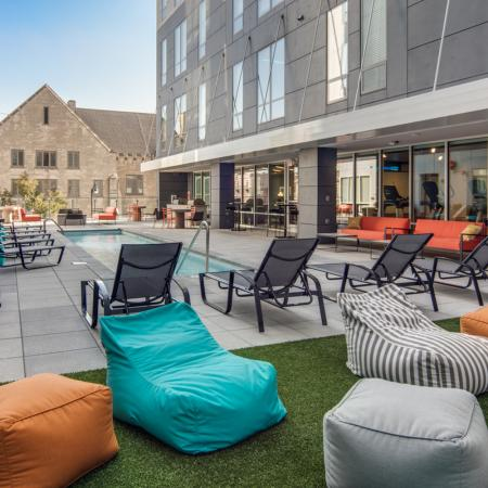 Courtyard Lounge | Apartments Columbia Mo | Rise on 9th