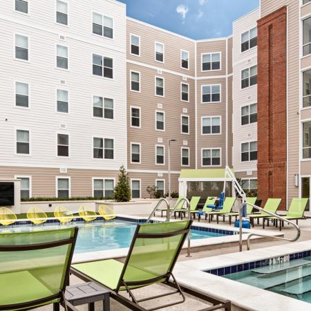Resort Style Pool | Auburn Apartments | Evolve Auburn