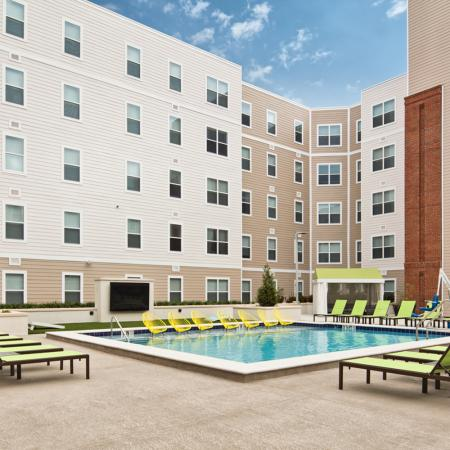 Resort Style Pool 2 | Auburn Apartments | Evolve Auburn 2