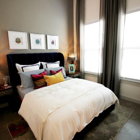 Modern Dallas Apartments | Apartments featuring Spacious Bedroom in Dallas Texas. (B2 Floorplan)