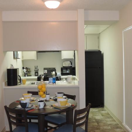 Spacious Dining Room | University Court