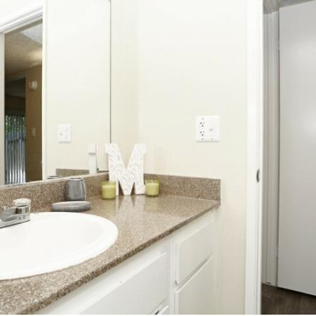 Elegant Bathroom | Sacramento Apartments | Villa Regia