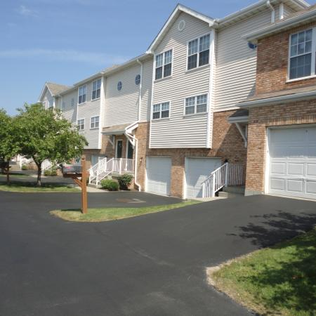 Williamsville apartments | attached garage