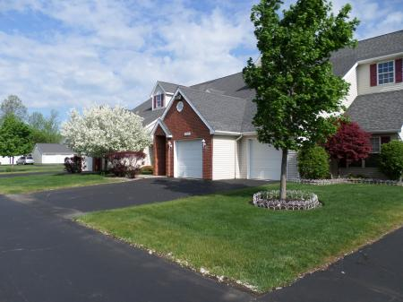 StoneGate Apartment Homes | Apartments in Williamsville NY