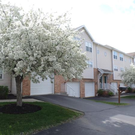 Apartment in Williamsville NY | Windsong Place Apartments