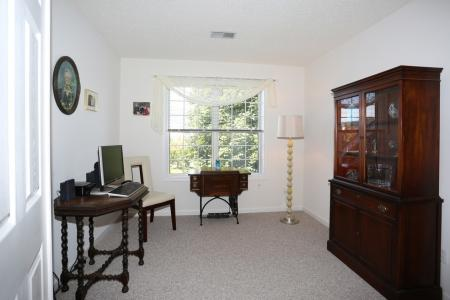 Large Den and Library at Williamsville apartments | StoneGate Apartment Homes