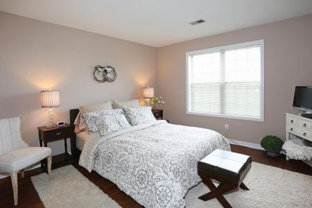 King Sized Master Bedroomsat Williamsville apartments | StoneGate Apartment Homes