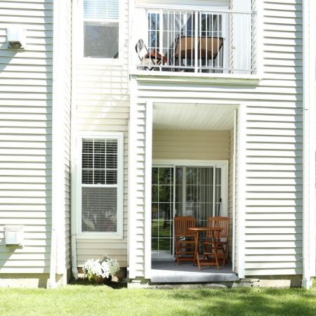 Backyard Area at Williamsville Ny Apartments | Renaissance Place