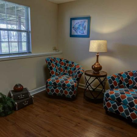 Sitting Area 2 Bedroom | Windsong Place Apartments