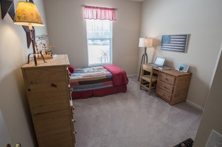 Spacious Bedroom | Glen Park Apartments Williamsville Ny | Renaissance Place Apartments
