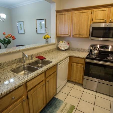 Luxurious Kitchen | Williamsville New York Apartments for Rent | Renaissance Place Apartments
