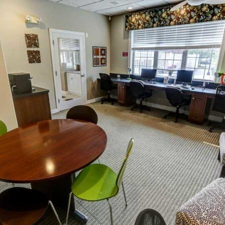 Business Center | Autumn Creek Apartments