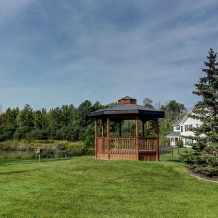 Peaceful Gazebo | East Amherst New York Apartments | Autumn Creek Apartments