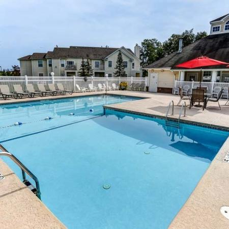 Swimming Pool | Williamsville New York Apartments for Rent | Renaissance Place Apartments