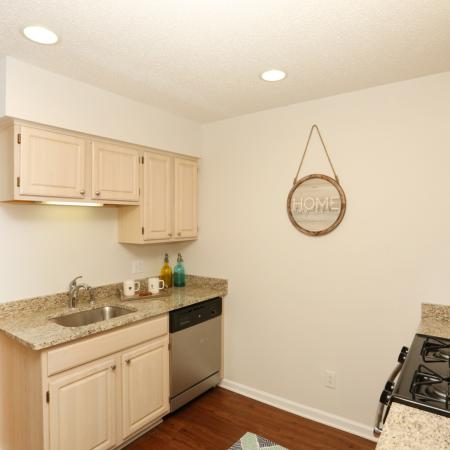State-of-the-Art Kitchen | Williamsville New York Apartments | StoneGate Apartment Homes