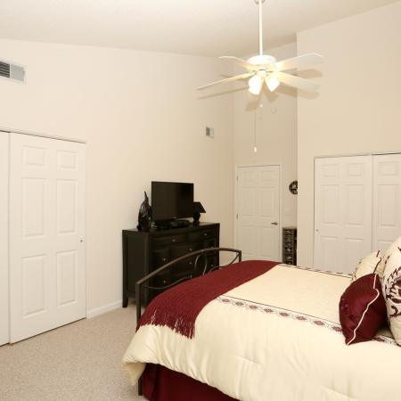 Elegant Master Bedroom | Apartment Homes In Williamsville | StoneGate Apartment Homes