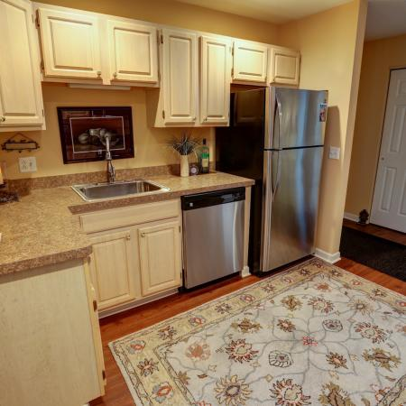 Lavish Kitchens with Brand New Stainless Steel Gas Stoves at Apartment Rentals in Williamsville NY | StoneGate Apartment Homes