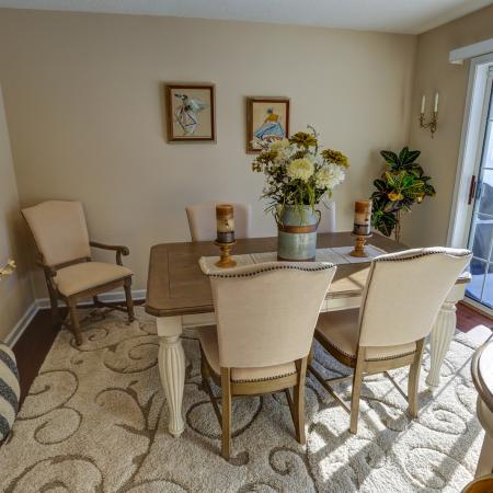 Dining Room at Williamsville Apartment Homes | StoneGate Apartment Homes