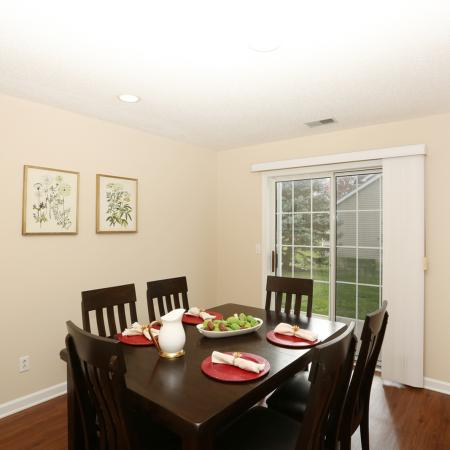 Residents Enjoying the Dining Room | Williamsville New York Apartments | StoneGate Apartment Homes