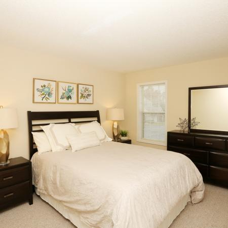 Elegant Bedroom | Apartment Homes In Williamsville | StoneGate Apartment Homes