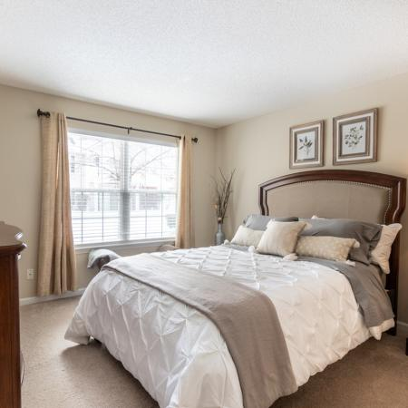 East Amherst NY Apartments | Master Bedroom