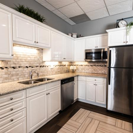 State-of-the-Art Kitchen | East Amherst New York Apartments | Autumn Creek Apartments