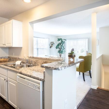 Modern Kitchen | East Amherst NY Apartment For Rent | Autumn Creek Apartments