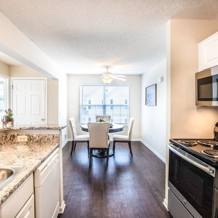 Luxurious Kitchen | Apartment Homes in East Amherst, NY | Autumn Creek Apartments