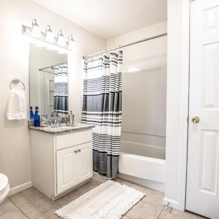 Spacious Bathroom | East Amherst NY Apartment For Rent | Autumn Creek Apartments