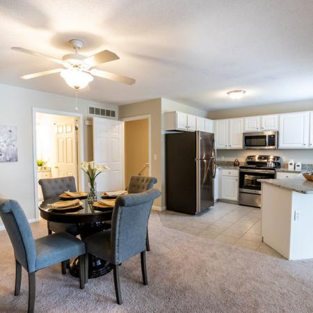 Open Concept, 2 Bedroom 1.5 Bath| Apartments for rent in East Amherst, NY | Autumn Creek Apartments