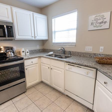 State-of-the-Art Kitchen | East Amherst NY Apartment Homes | Autumn Creek Apartments