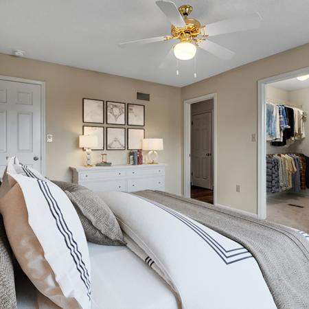 Luxurious Master Bedroom | Apartment in Buffalo , NY | Windsong Place Apartments
