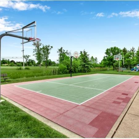 Windsong Place Apartments | Sport Court