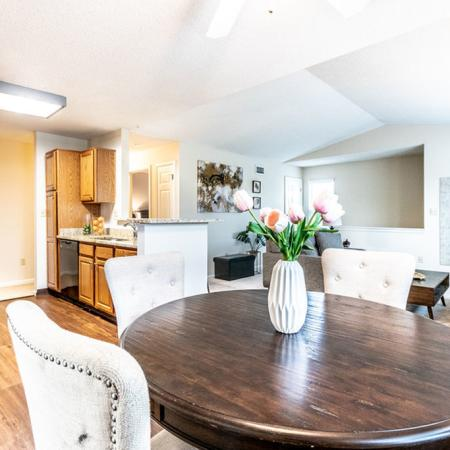 Plenty of Elbow Room in the Dining Area | Buffalo NY Apartments | Windsong Place