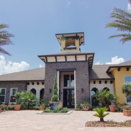 Clermont Apartments | The Vineyards at Hammock Ridge