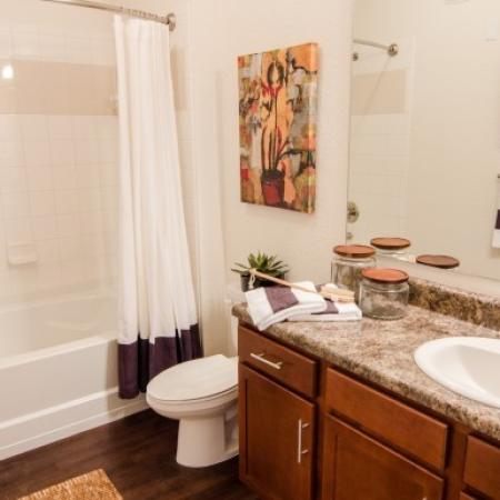 The Vineyards at Hammock Ridge | Bathroom 2