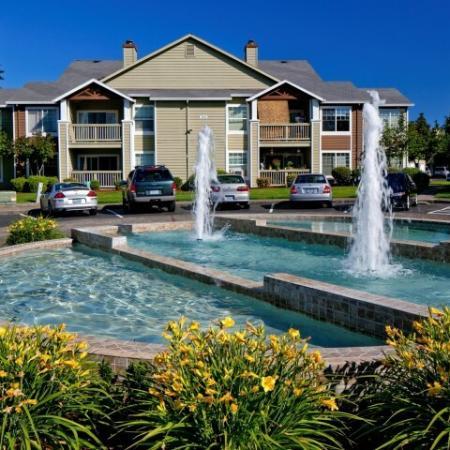 Hillsboro Apartments | Jackson School Village