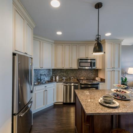 Modern Kitchen | Apartments For Rent In Bethesda MD | Pallas at PikeRose