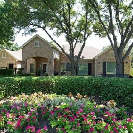 Austin Apt | The Village at Gracy Farms